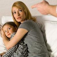 Раздражает свой ребенок. Почему?