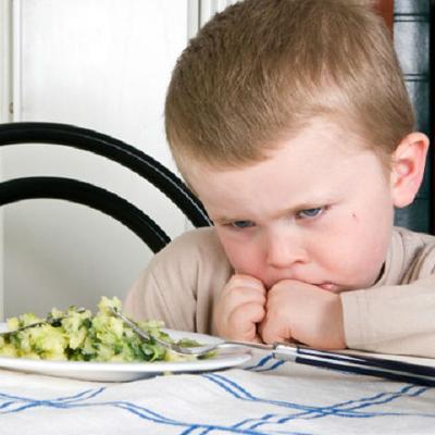 Упрямство у детей при кризисе трех лет