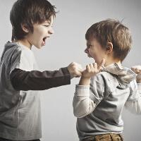 Как проявляется детская агрессия