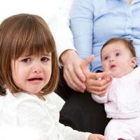 Детская ревность – в чем причины